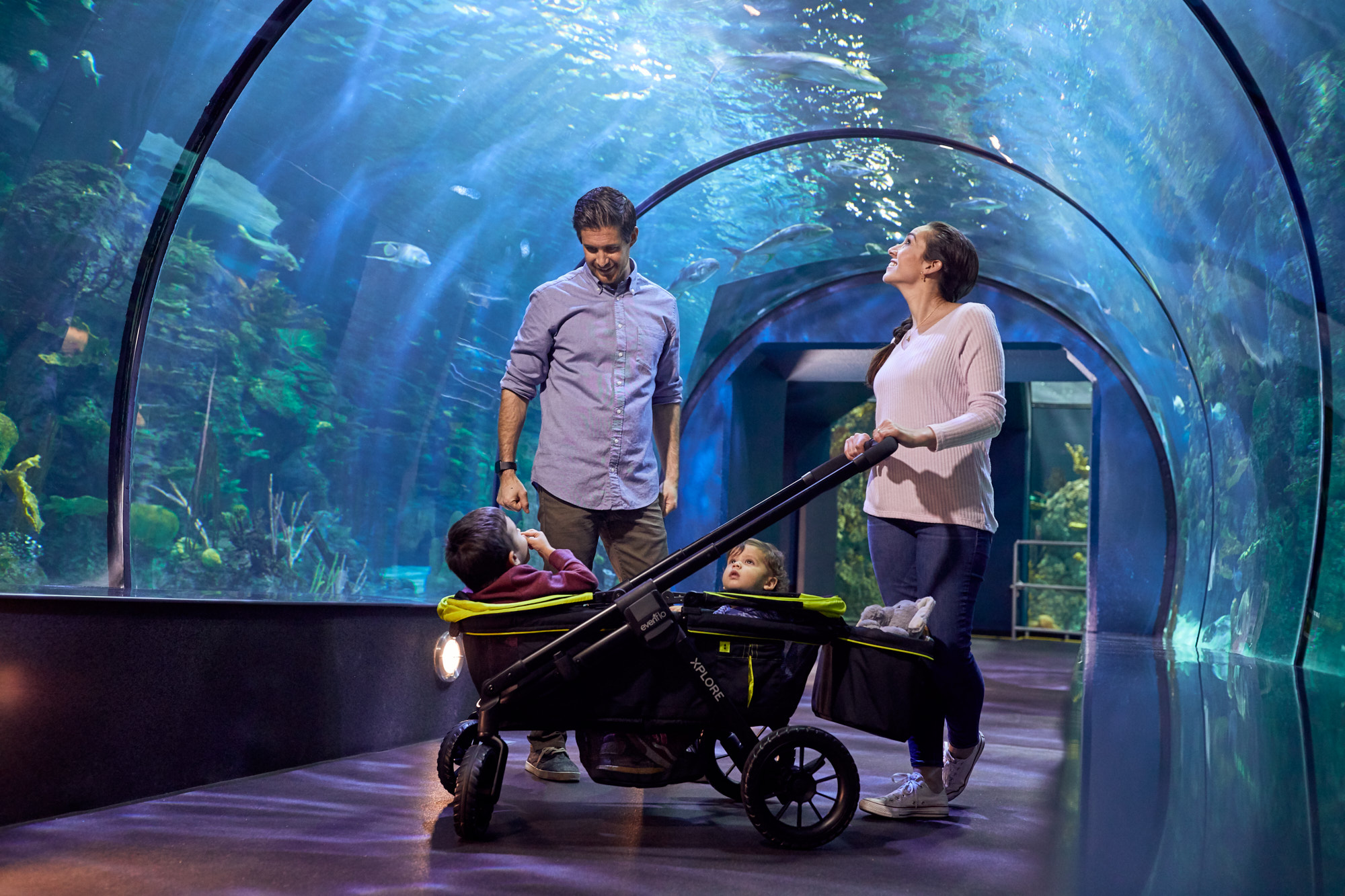Family Enjoying Aquarium | Brand Lifestyle Photography