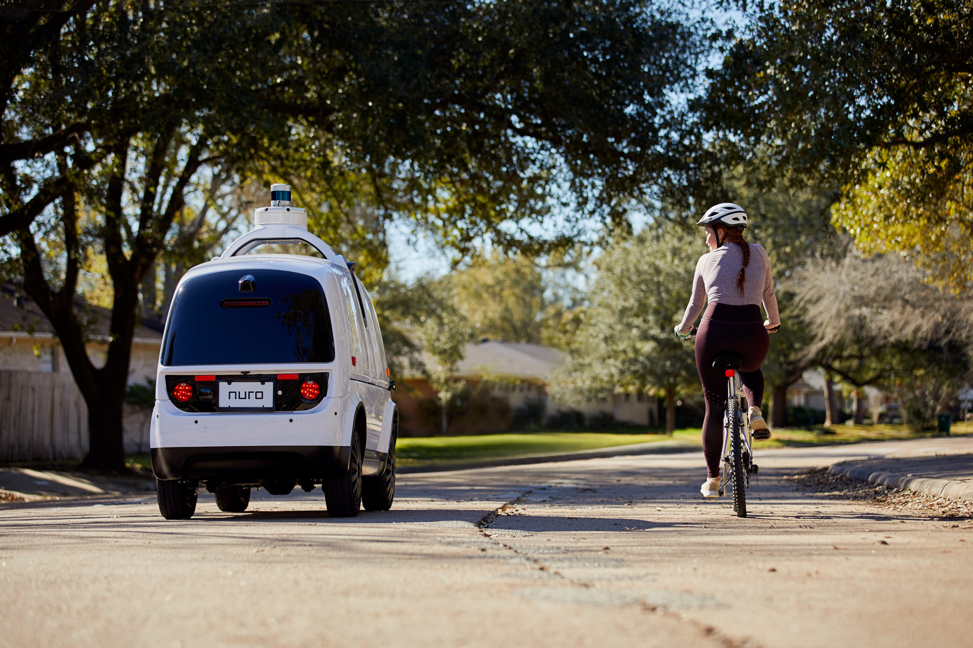 Autonomous Vehicle and Bicycle | Brand Lifestyle Photography